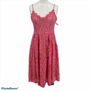 H & M lace dress pink coral nude lining size 6